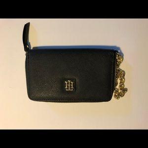 Tommy Hilfiger Wallet w/ Gold Wrist Chain